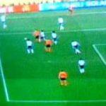 FIFAサッカーワールドカップ2010   日本vsオ  ランダ戦   後半 オ  ランダ初ゴール   【南アフリカ】 -  速報-